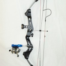 sTINGER WITH FISHING ATTACHMENT